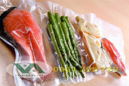 Mẹo cho bạn: Bảo quản thực phẩm bằng túi hút chân không tiện lợi