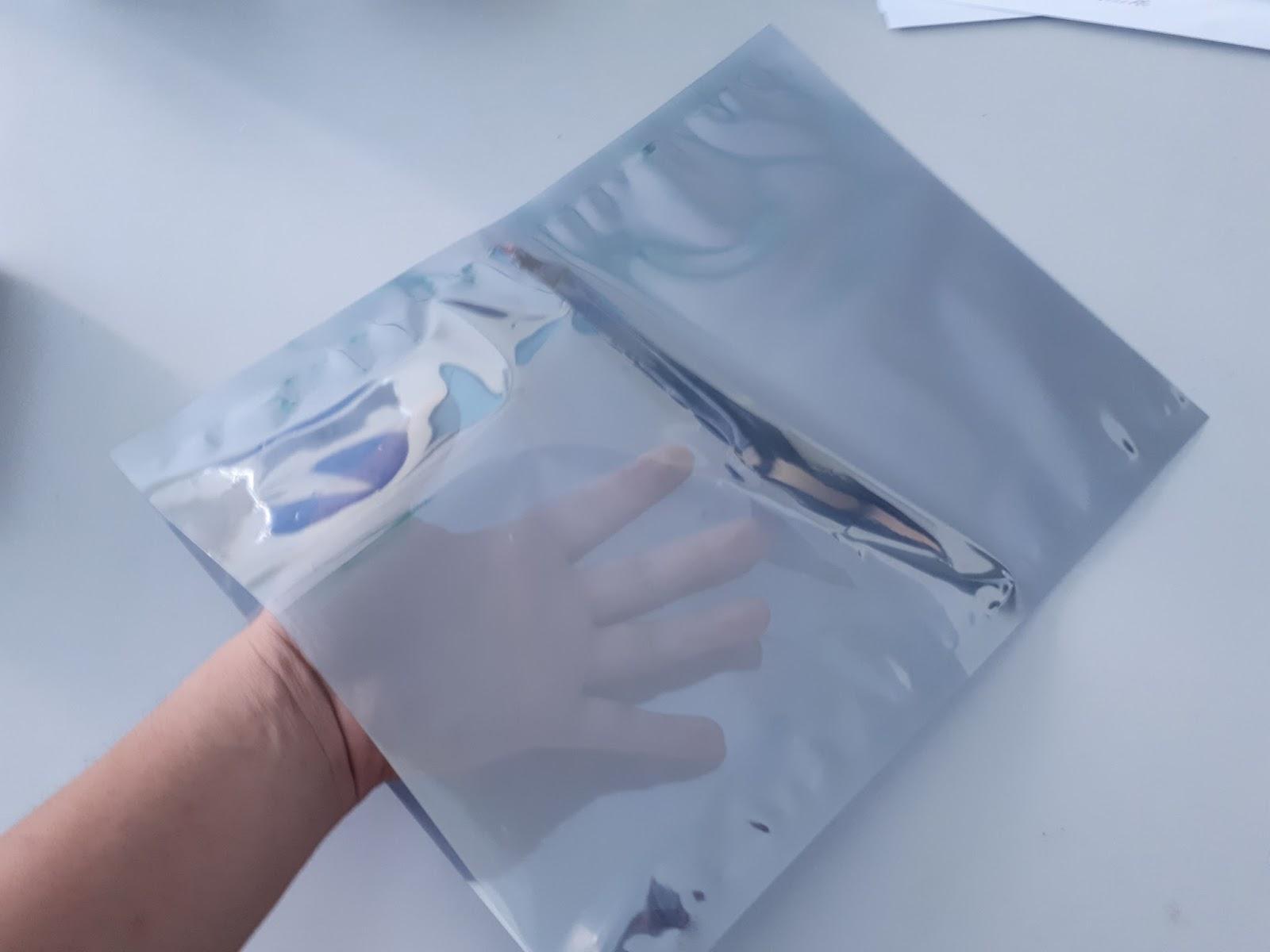 Túi ziper kích thước nhỏ sử dụng cho các ngành công nghiệp điện tử