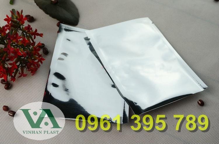 So sánh túi zip bạc và túi zipper nhựa trong