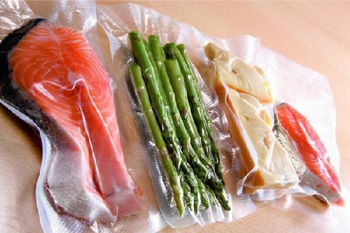 Những lợi ích khi sử dụng túi hút chân không đựng thực phẩm